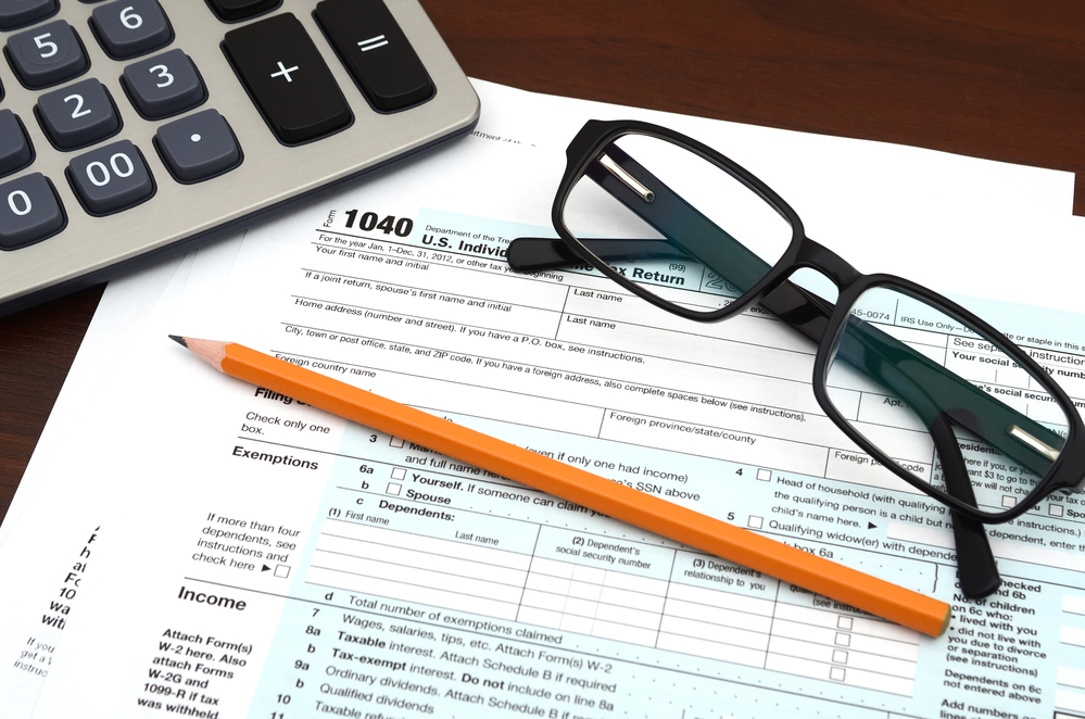 Is It Worth Claiming the Tax Preparation Deduction?