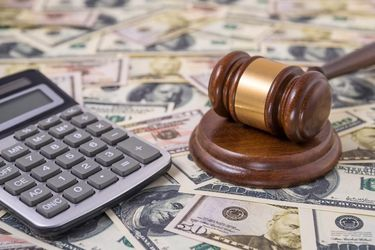 4 Fundamental IRS Rules On How Lawsuit Settlements Are Taxed